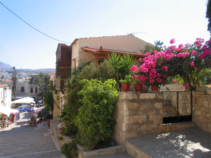 The picturesque Old Town of Rethymno - TheHotel.gr