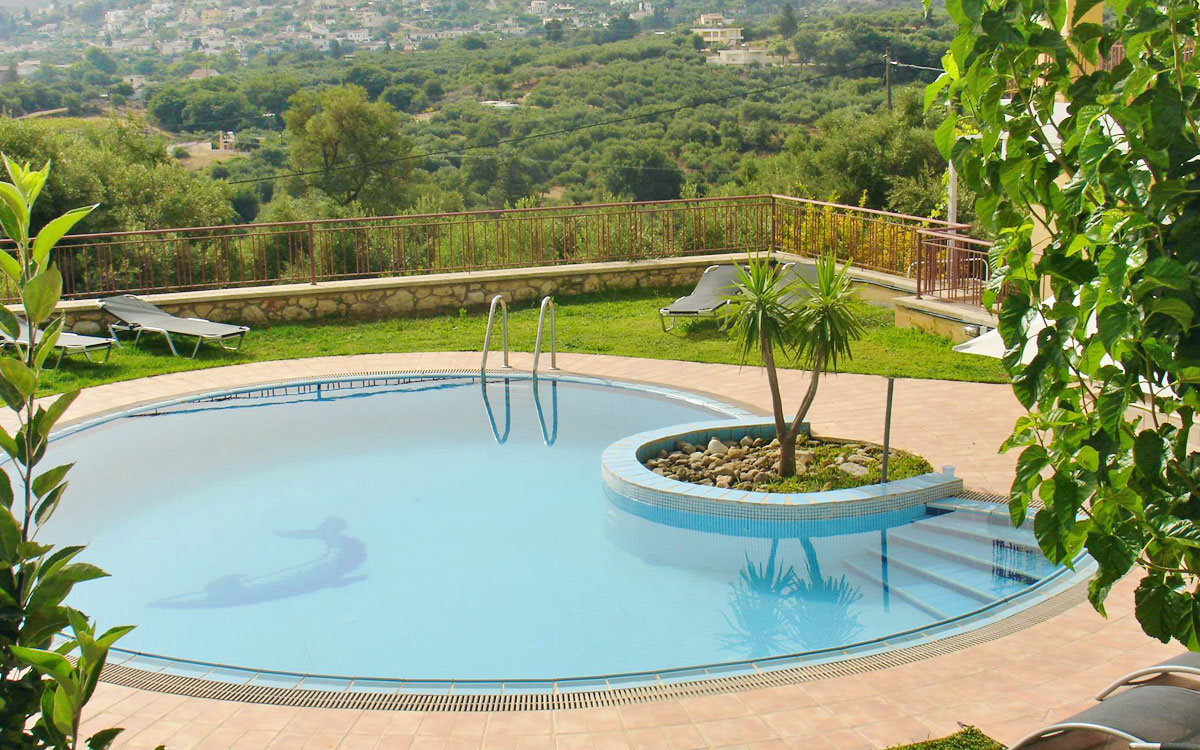 Villa cretan diet in provarma chania - Swimming pool area ...