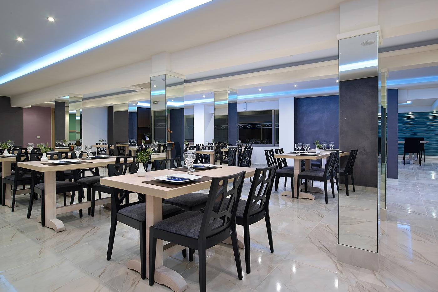 mistral bay in agios nikolaos lasithi. Black Bedroom Furniture Sets. Home Design Ideas