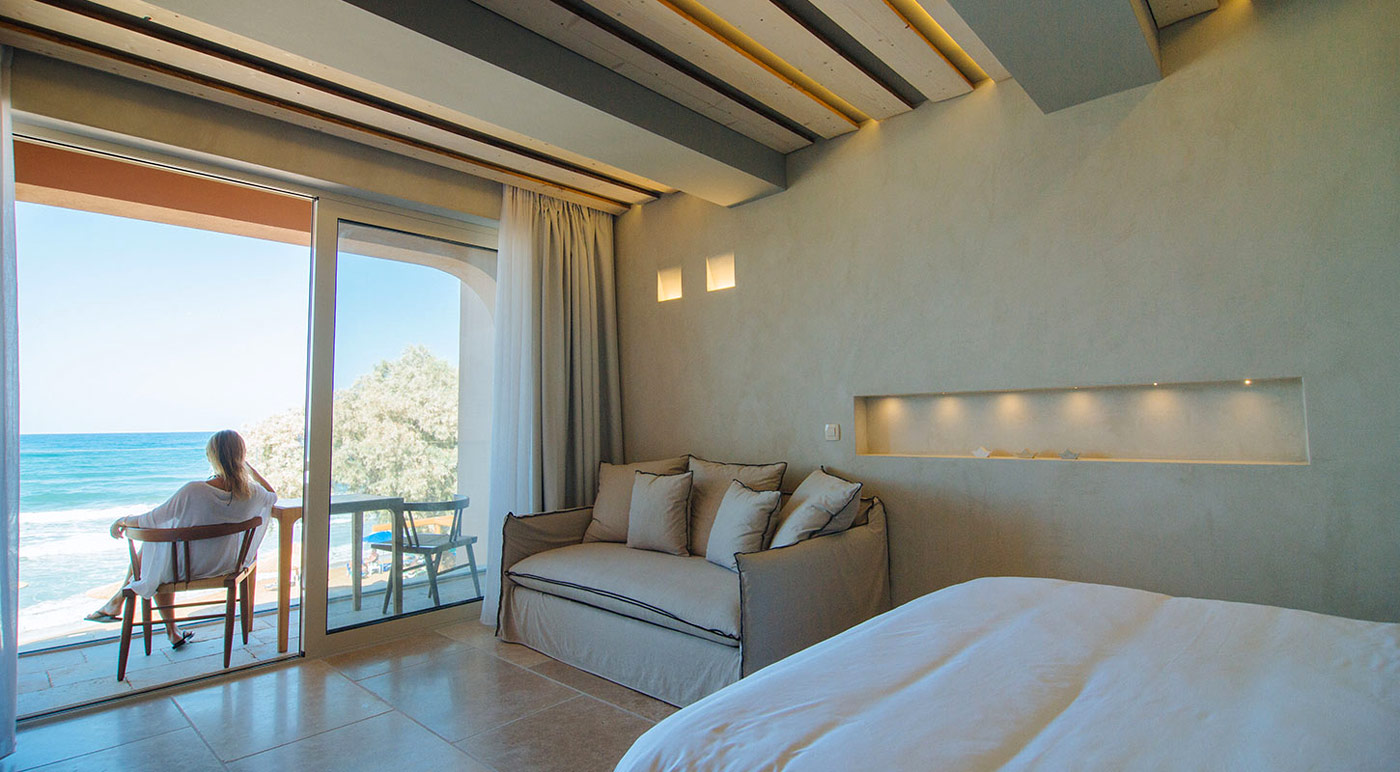 Theodore boutique hotel in agia marina chania for Boutique hotel crete