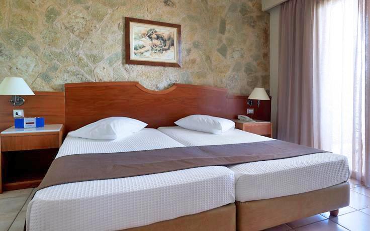 Elotis Suites In Agia Marina Chania
