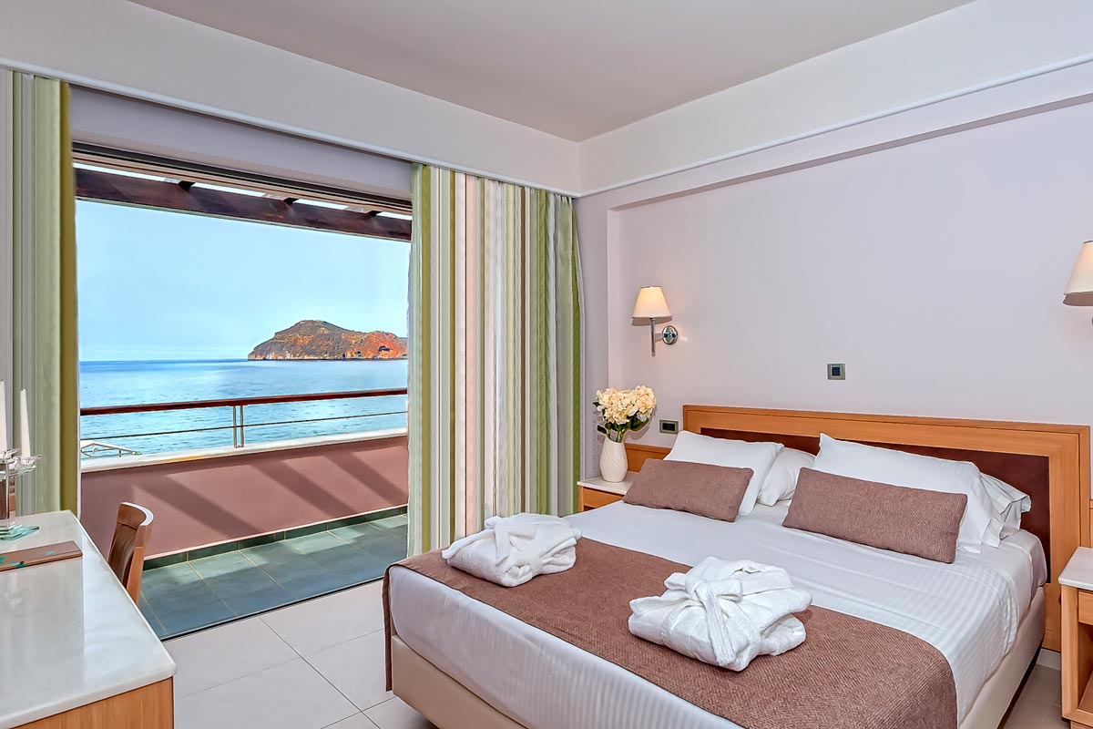 Double rooms of porto platanias beach resort in platanias thehotel porto platanias beach resort platanias double room sea view 2 sciox Choice Image