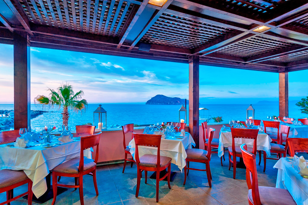 Facilities Of Porto Platanias Beach Resort In Platanias
