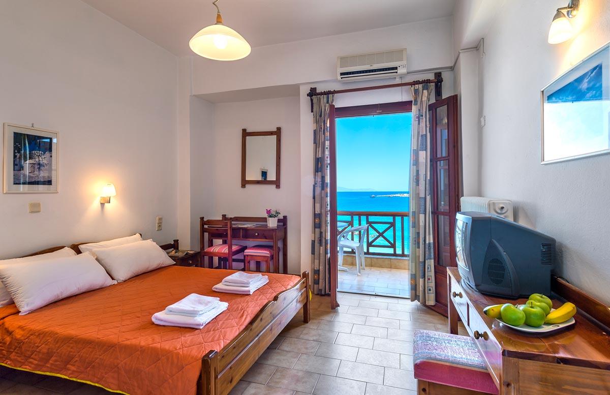 Innkvartering ved Elena Beach Hotel i Chania (Byen) - TheHotel.gr