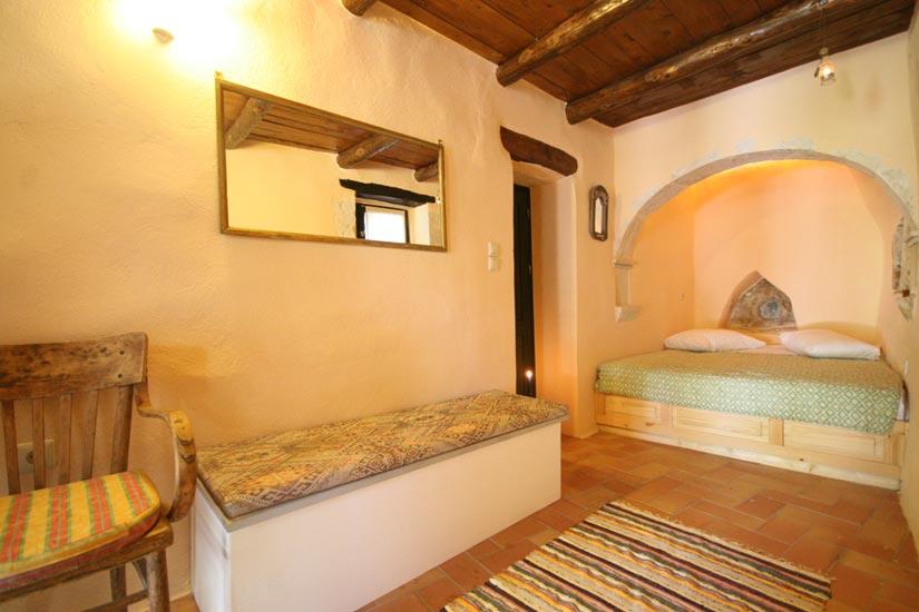 Appartement b agathes complex kastellos - Het creeren van een master suite ...