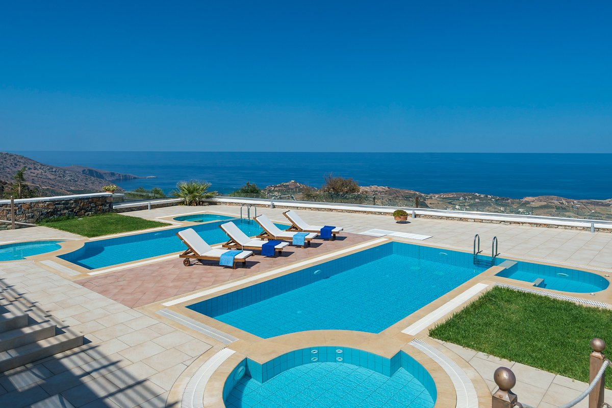 Villas milos in agia pelagia heraklion - Swimming pool area ...