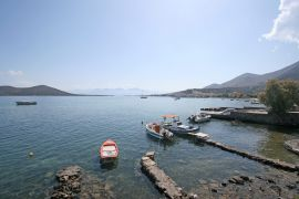 elounda-small-harbour-1