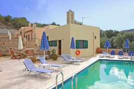 Villas Mourne, Plakias, shared-pool-5