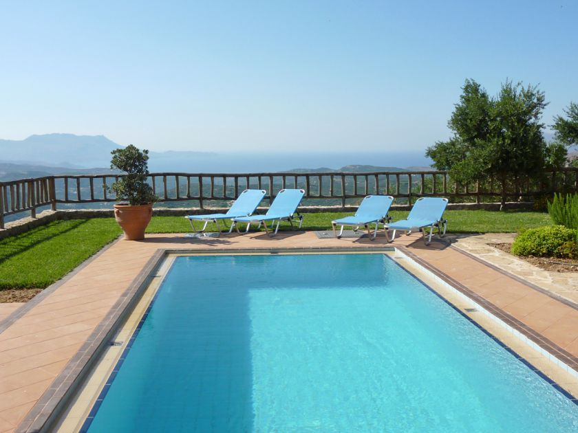 Malathiros Villas, Kissamos, pool-view-12