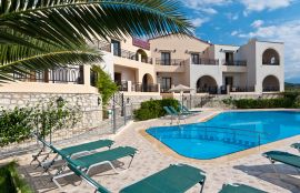Pegasos Maisonettes, Almirida, pool-area-13