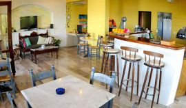 Emerald Apartments, Plaka, snack-bar-1