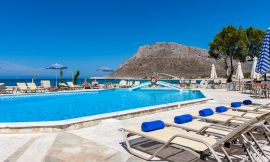 Blue Beach Apartments, Σταυρός, pool-area-16