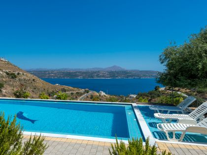 Villa On Top, Μεγάλα Χωράφια, excellent sea views