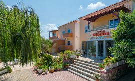 Eleana Apartments, Stavros, central-entrance-3