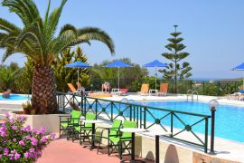 Aloni Suites, Калатас, swimming-pool-area-1