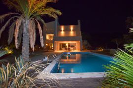 Villa South Crete, Makrigialos, swimming-pool-3