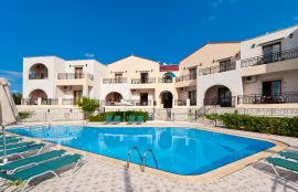 Pegasos Maisonettes, Almirida, pool-area-12