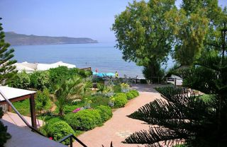 great-villa-beach-view-1a