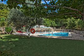 Klados Villa, Dafnedes, swimming-pool-area-new-1
