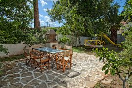 Klados Villa, Dafnedes, barbecue-area-new-1