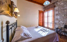 Villa Kiparissi, Asteri, double-bedroom-2