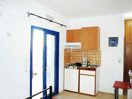 Kiona Apartments, Plakias, studio-no1b-kitchenette