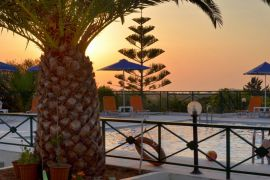 Aloni Suites, Kalathas, Aloni Suites swimming pool sunset