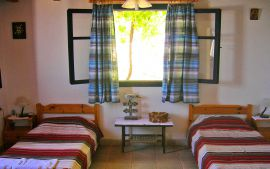 Kalami House, Kalyves, twin-bedroom