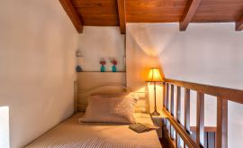 Villa Lygaria, Agia Pelagia, Elevated loft