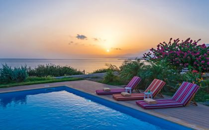Villa by the Sea, Ierapetra, Sunset view from tha swimming pool