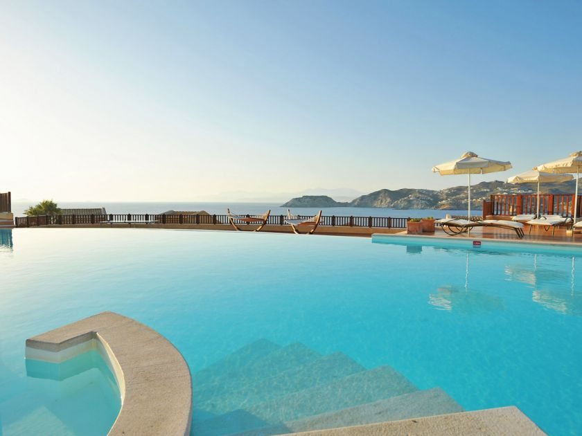 Sea Side Resort & Spa, Agia Pelagia, Swimming pool