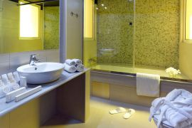 Lato Boutique Hotel, Πόλη Ηρακλείου, Bathroom in superior room