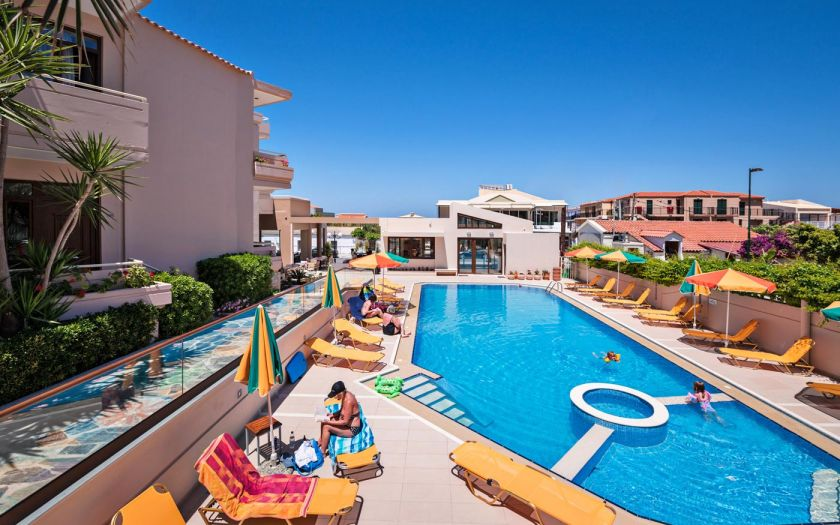 Oscar Suites and Village, Agia Marina, Pool area Ie