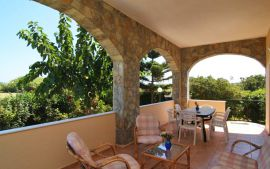 Skoutelonas Villa, Kolymvari, Balcony 1a, ground floor apartment