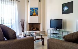 Stylish Apartment, Kalamaki, living room 1