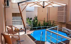 Stylish Apartment, Kalamaki, Pool 5