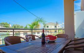 Stylish Apartment, Kalamaki, balcony with wine in kalamaki