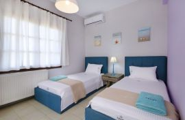 Iakinthi Villa, Stavros, two singles bedroom 1