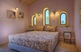Villa Castle, Asteri, double bedroom 2a