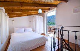 Nature House, Chania (Byen), bedroom attic ia