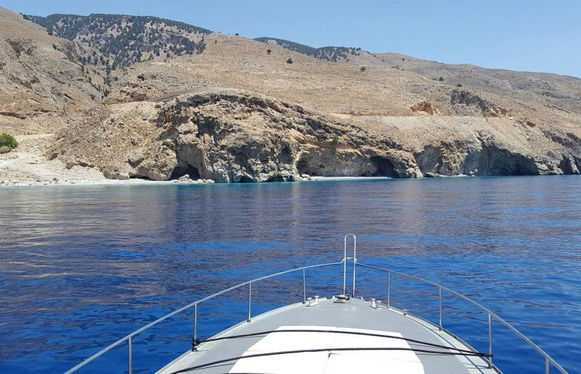 Private Cruises from Sfakia, Σφακιά, Iliggas 1