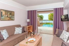 Porto Platanias Beach Resort, Platanias, suite private pool sea view 1