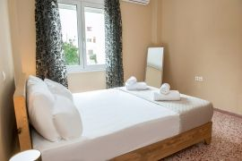 Modern City Apartment, Chania, bedroom1a