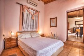Quiet Villa, Prines, bedroom 1 a
