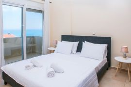 Comfortable Apartment, Chania town, bedroom 1