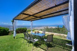 Artemis Apartment, Chania (Byen), exterior dining table 1