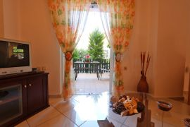 Cheerful Apartment, Chania town, living room 1