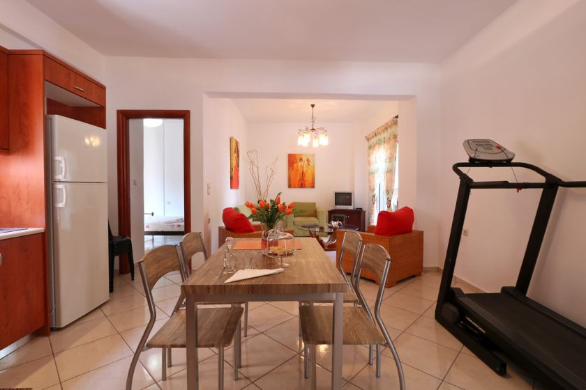 Cheerful Apartment, Chania town, open plan area 2