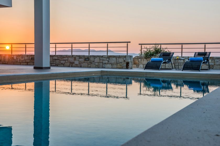 Villa Perfection, Maleme, pool sunset 1