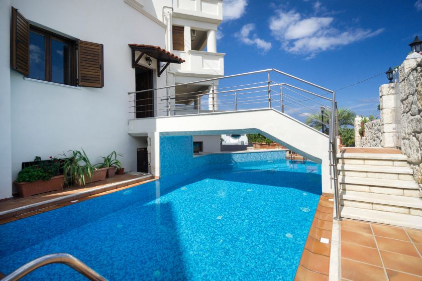 Finest Villa, Chania town, private pool area 1